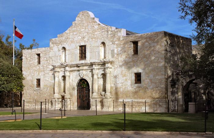 Alamo-side-day